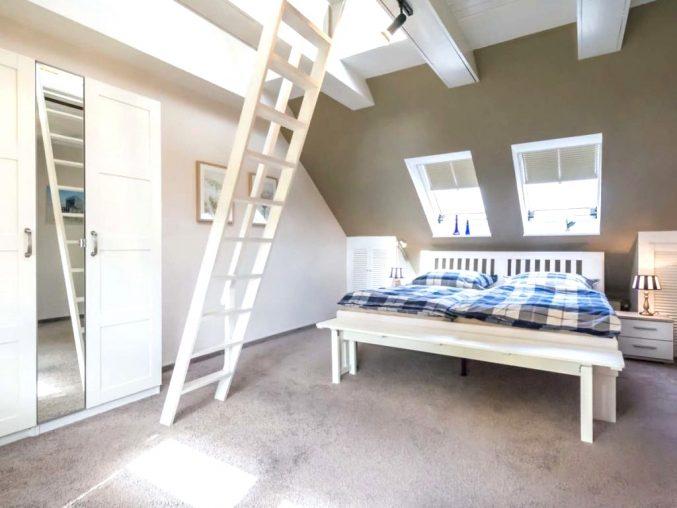 Modernes Einrichten Dachgeschoss Schön On Modern Mit Uncategorized Moderne Dekoration Dachboden Zimmer 7