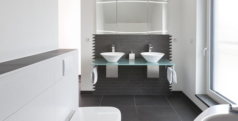 Schwarz Weiß Fliesen Bad