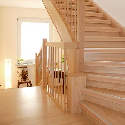 Treppenhaus Einfamilienhaus Frisch On Andere Innerhalb Alte Treppe Neu 2
