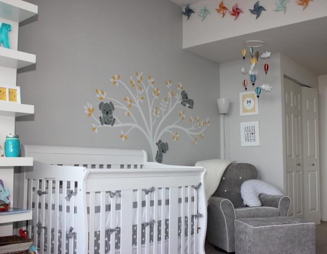 Babyzimmer Neutral Gestalten Bemerkenswert On Andere Mit Graue Wandfarbe Baum Koala 2