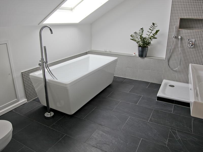 Badfliesen Grau Erstaunlich On Andere Auf Fliesen Schwarzer Schiefer Badezimmer Bath Pinterest 8
