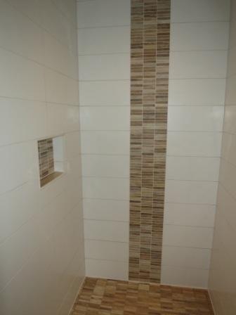 Bordüre Bad Beeindruckend On Andere Beabsichtigt Ablage In Der Dusche Und Aus Mosaik Holzoptik Fliesen 8