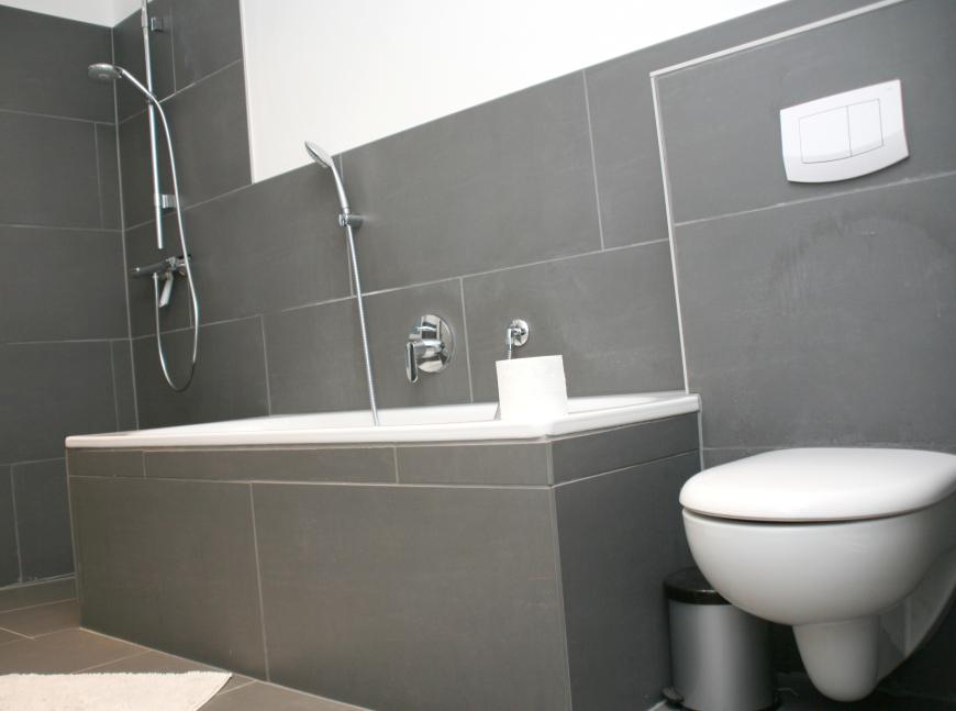 Fliesen Bad Grau Kreativ On Andere Auf Badezimmer Graue Wandfliesen Machen Es Zu Einem 3