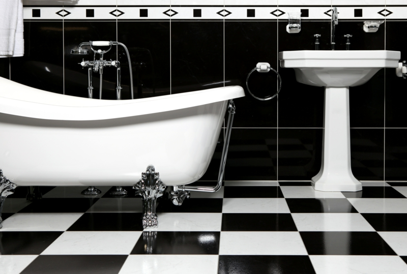 Fliesen Schwarz Weiß Beeindruckend On Andere Beabsichtigt Im 31 Ideen Für Passende Deko 9