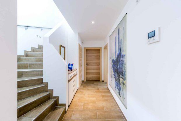 Flur Treppe Frisch On Andere Mit Die Besten Ideen Für Den Eingangsbereich Einrichten 8