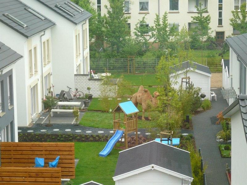 Gartengestaltung Reihenendhaus Zeitgenössisch On Andere Beabsichtigt Garten Gestalten Fotos Schlafzimmer Wandfarbe 9
