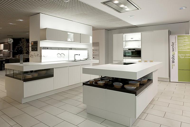 Küche Hochglanz Luxus Imposing On Andere In Bezug Auf Weiße Luxusküche Luxusküchen 4