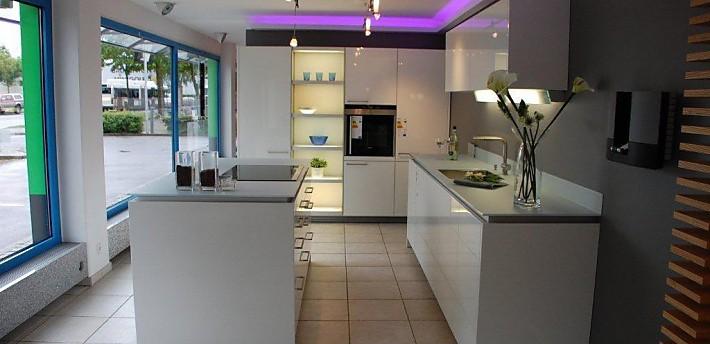 Küche Hochglanz Luxus Perfekt On Andere In Bezug Auf Luxusküchen Alles Rund Um Die Luxusküche 6