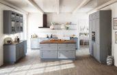Küche Landhausstil Grau