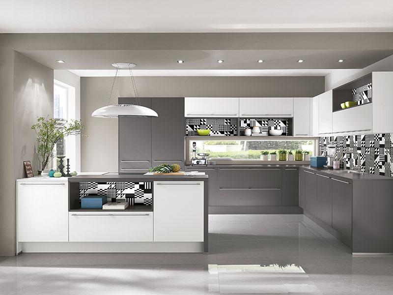 Küche Mit Kochinsel Und Theke Modern On Andere Moderne Kuche Fur Tür Tur 6