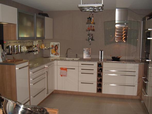 Kueche Magnolie Arbeitsplatte Grau Großartig On Andere Innerhalb Welche Welcher Spritzschutz Bei Neuer Küche 9