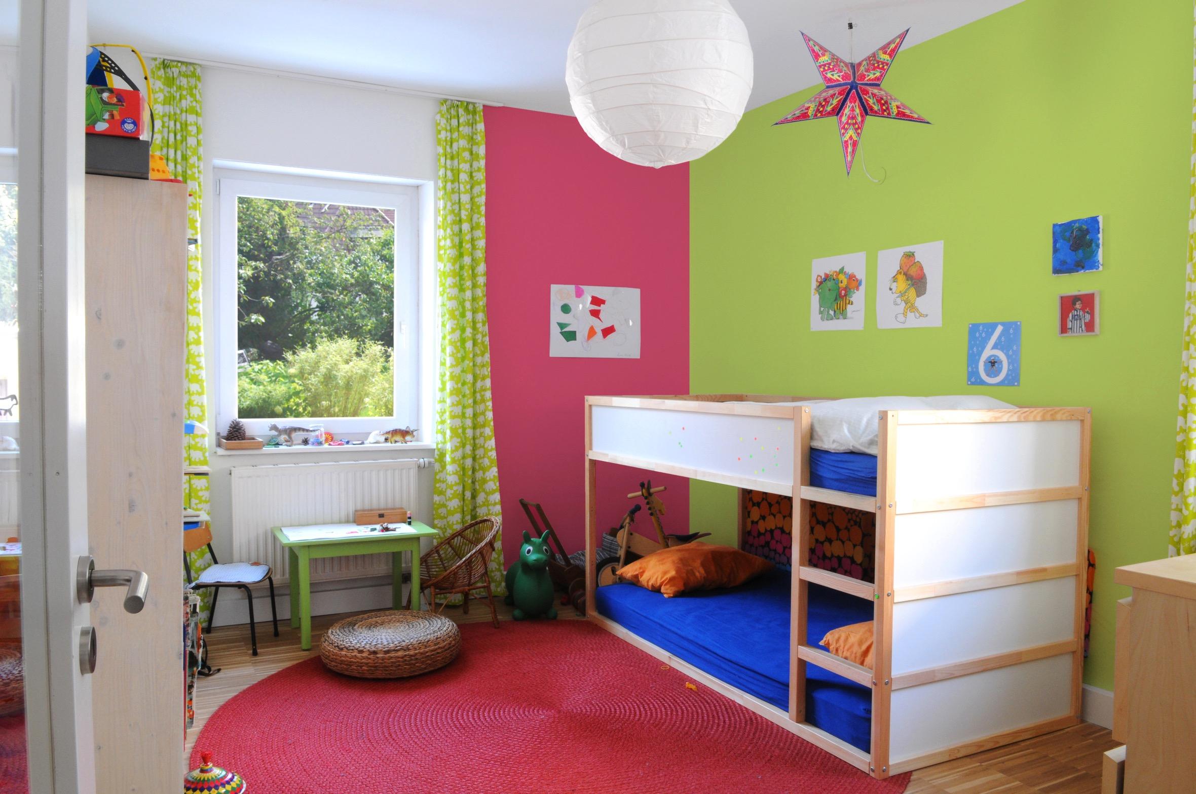 Mädche Und Junges In Ein Zimmer Einrichten Charmant On Andere Innerhalb Uncategorized Moderne Dekoration Ikea Kinderzimmer Teilen Mit 2