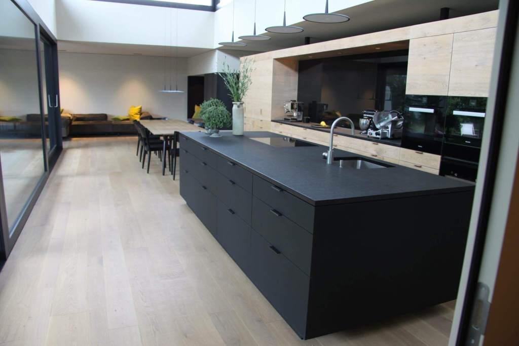 Matt Schwarze Küchen