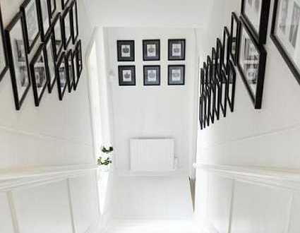 Treppen Wand Gestalten Exquisit On Andere Innerhalb Kreative Wandgestaltung Treppe Mit Schwarzen Bilderrahmen FresHouse 4