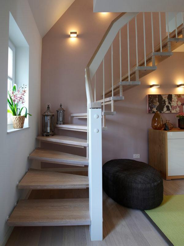 Treppen Wand Gestalten Nett On Andere In Bezug Auf Co 1