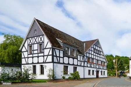 Villa Sauerland Charmant On Andere Beabsichtigt Luxe Winterberg Villa8 In Neuastenberg 9