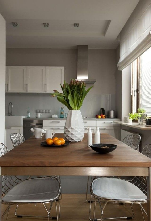 Wandfarbe Küche Glänzend On Andere In Bezug Auf Ideen Hellgrau Weiße Schränke Essbereich Wohnen 2