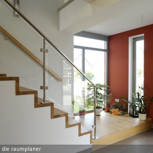 Wandgestaltung Treppenhaus Einfamilienhaus Nett On Andere Für Treppe Im Und Garderobe 8